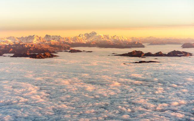 Landscape Mont Blanc over the clouds [David Tan]