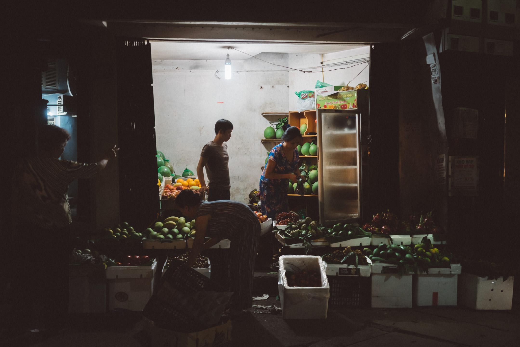 Fruit store in Hanoi