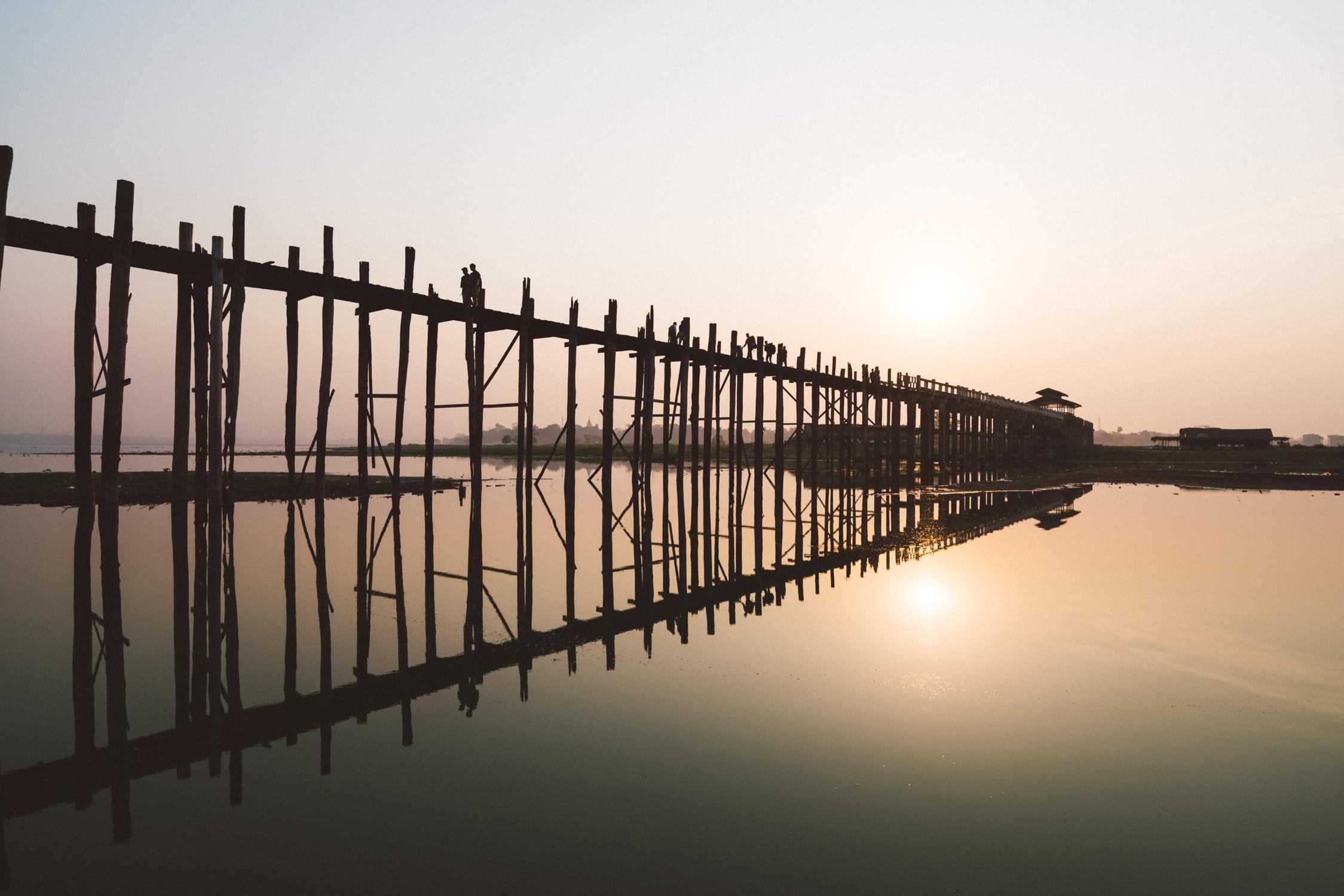 U bein bridge with reflexion [David Tan]