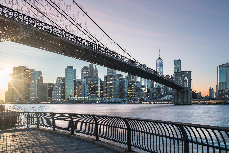 Brooklyn bridge during sunset New York [David Tan]