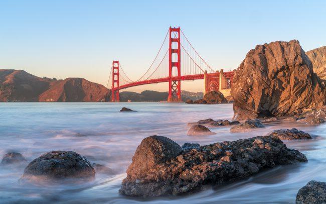 Golden Gate Bridge sunset [David Tan]
